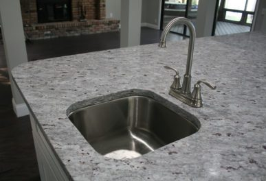 Bacca Bianca with Stainless Steel Sink