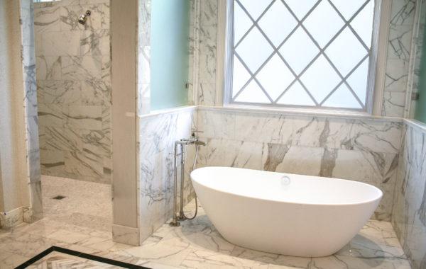 Calcutta Extra Master Bath