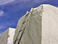 Carrara Marble Countertops: Michelangelo's Preferred Stone